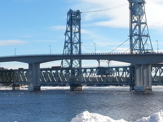 spanning the Kennebec River at Bath, Maine