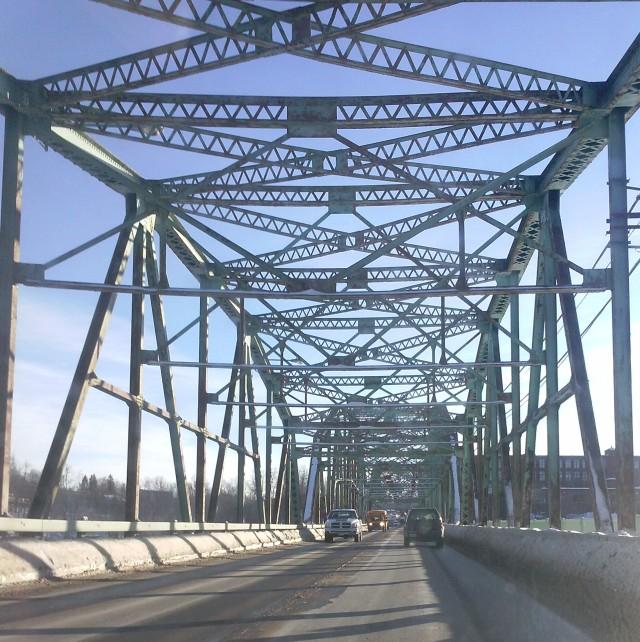 Bridge connecting Topsham to Brunswick