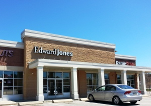 Edward Jones Financial Advisors - Topsham ME 04086