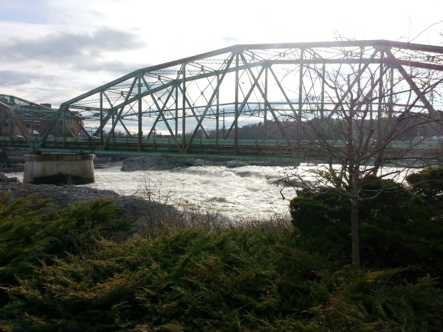20150424_Androscoggin River at the Green Bridge.jpg